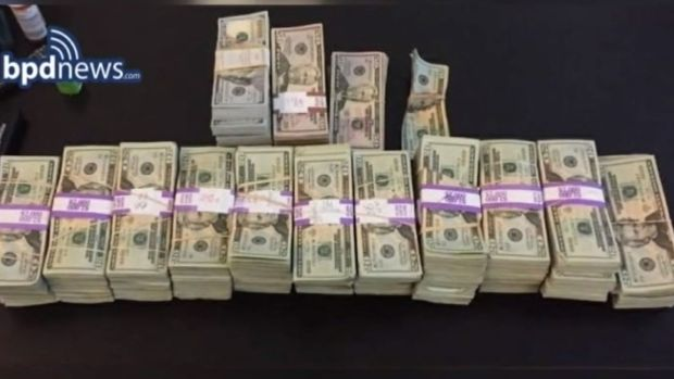 [NATL-NECN] Boston Cab Driver Turns in $187,000 He Finds in Taxi