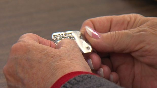 [DFW] Woman Reunited With Father's Dog Tag
