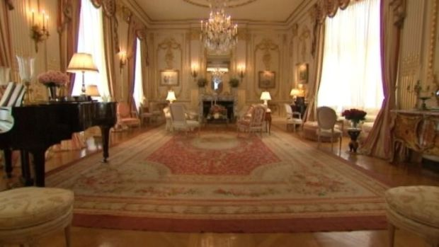 [NATL-NY] Inside Joan Rivers' Palatial NYC Apartment -- Now for Sale