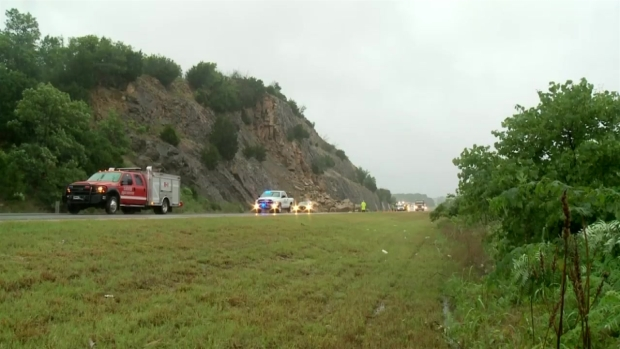 Raw Video: Rock Slide Closes I-35 South of OKC