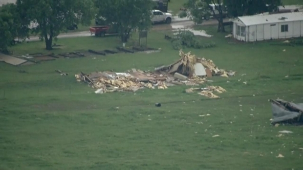 [DFW]Raw Video: Tornado Damage in Oklahoma