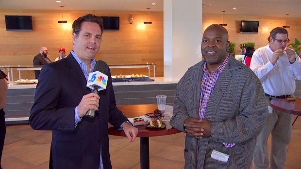 [DFW] Newy, Paul Check Out New Food at Globe Life Park