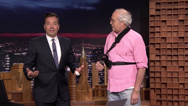 [NATL] 'Tonight' Chevy Chase and Jimmy's Piano Duet