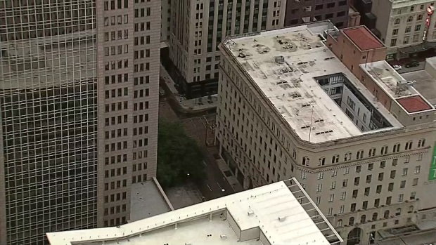 Raw: Broken Water Main Floods Downtown Dallas Streets
