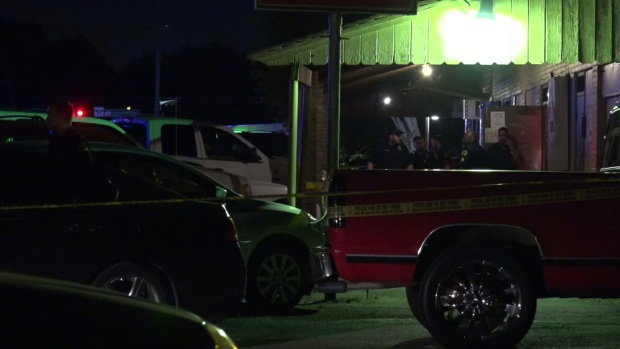 2 Injured in Shooting Outside Southern Dallas Night Club