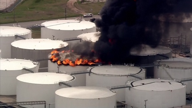Raw: Fire at Houston-Area Oil Refinery; Shelter-in-Place Issued