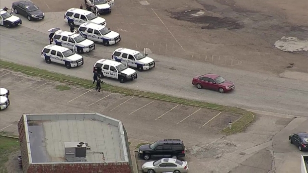 [DFW] Chase Turns Into Fatal Standoff at Southwest Center Mall