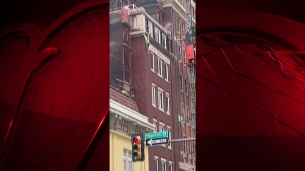 One Injured in Scaffolding Collapse in Downtown Fort Worth