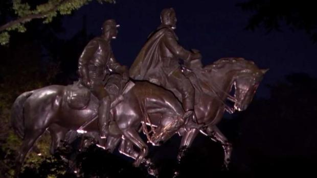 [DFW] Dallas Looks for Options to Remove Lee Statue
