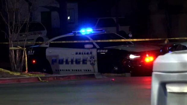 [DFW] Dallas Police Investigate Fatal Shooting Near Umphress, Buckner (Raw Video)