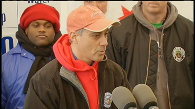 [CHI] Rahm Gets Emotional at Polar Plunge