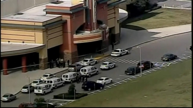 [MI] Authorities at Scene of Tampa-Area Movie Theater Shooting