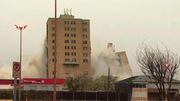 [DFW] Westchester Plaza Implosion