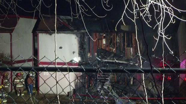 [DFW] Crews Battle Dallas Apartment Blaze