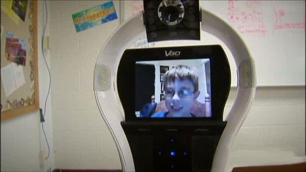 [DFW] Baty Bot Assists Teen With Kidney Disease