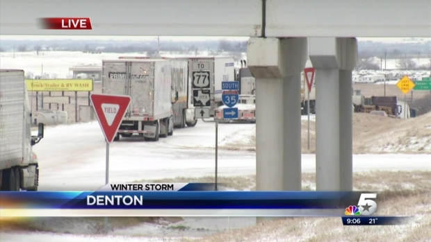[DFW] Trucks Stranded On I-35E