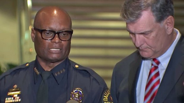 "[DFW] Dallas Mayor Rawlings on Chief Brown: ""I Have His Back"""