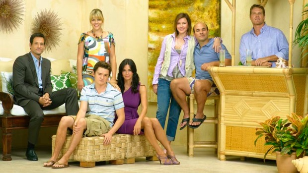 'Cougar Town' Cast & Creators Comes Roaring Back for 3rd Season