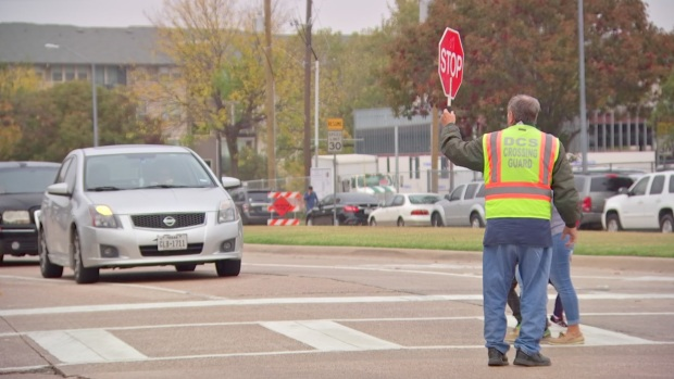Dallas City Council to Sound Off on Crossing Guard Program
