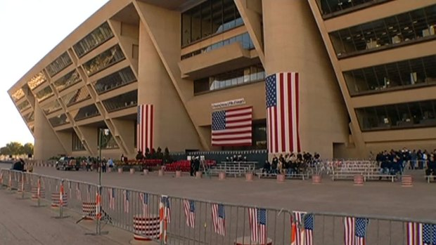 [DFW] Thousands Expected for Dallas' Veterans Day Parade