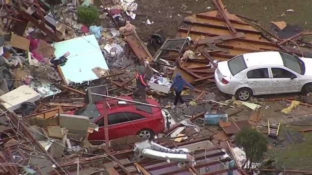 [DFW] David Finfrock Surveys Ellis Co. Damage