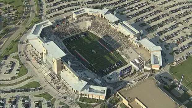 [DFW] Fans Pack $60M Eagle Stadium