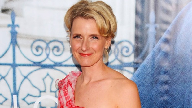 "[NTSD] ""Eat Pray Love"" Scribe Elizabeth Gilbert: I Wept When I Saw the Film"