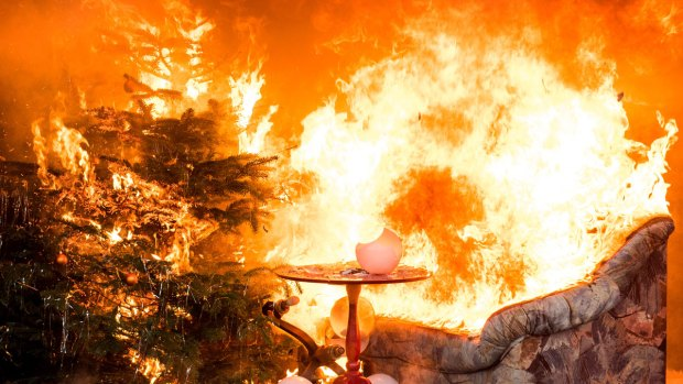 [NATL] 5 Tips for Preventing a Christmas Tree Fire
