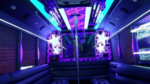 [DFW] Limo Service Sends Unlicensed Driver to Drive Teens to Prom