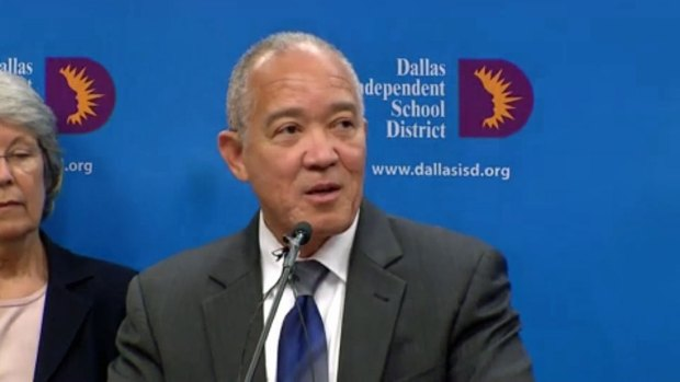 Mike Miles Resigns as Dallas ISD Superintendent (Raw Video)