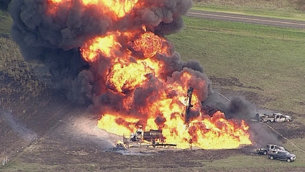 Dramatic Photos: Pipeline Explodes in Texas