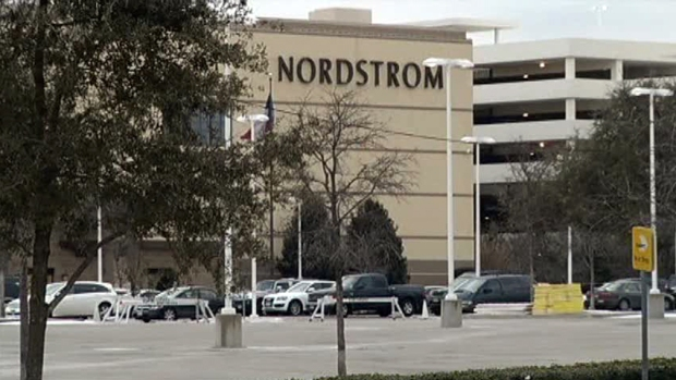 [DFW] Woman in Fur Coat Robbed at Gunpoint at NorthPark