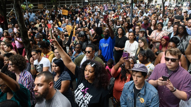 [NATL] Top News Photos: Organizers Rally After Unarmed Teen Fatally Shot by Pittsburgh-Area Officer