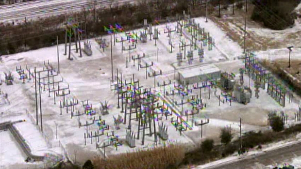 [DFW] Thousands Lose Power on Coldest Day in 20 Years
