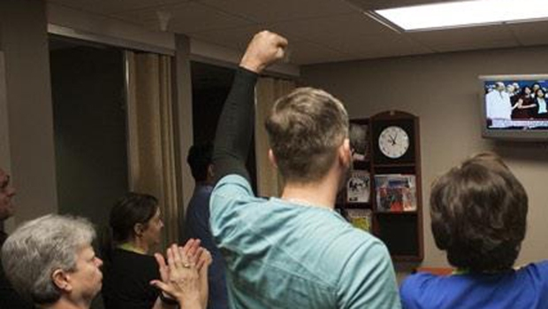 Dallas Hospital Workers React to Good News for Nurse