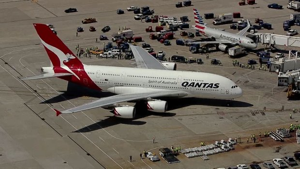 Qantas A380 Lands at DFW Airport