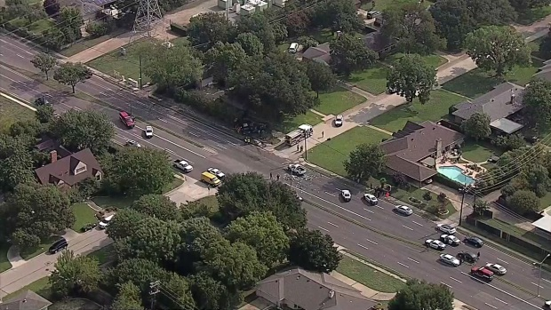 [DFW] Raw: 7 Hurt After Multi-Vehicle Crash in NW Dallas