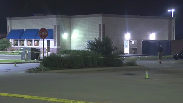 Police Details Shooting at Mansfield IHOP