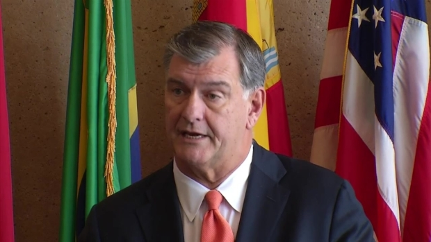 Dallas Mayor Comments on Miles' Resignation