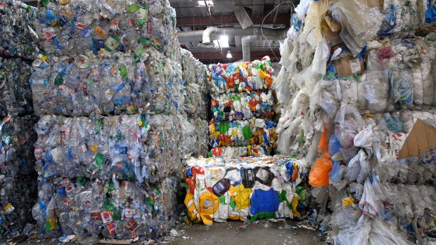 [NATL] How A New Chinese Policy is Causing a Recycling Nightmare in the US
