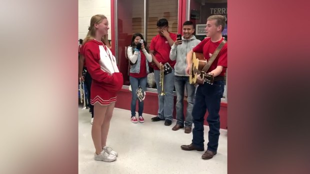 Terrell HS Senior's Homecoming Proposal Goes Viral