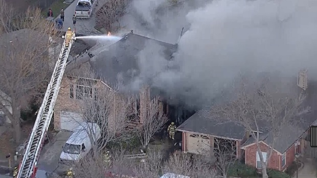[DFW] Multiple Agencies Fight Two Dallas House Fires