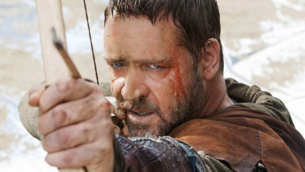 "Russell Crowe to Father ""Man of Steel"""