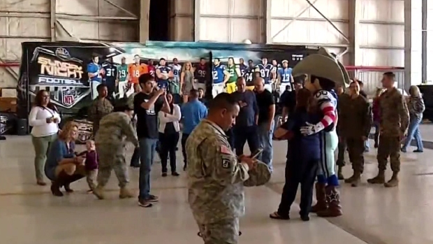 [DFW] Local Military Gets Look at Sunday Night Football Bus
