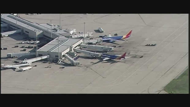 [DFW] Aerial Footage: Southwest Flight Evacuated in Louisville