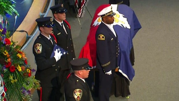 [DFW] Dallas Firefighter's Funeral Draws Hundreds