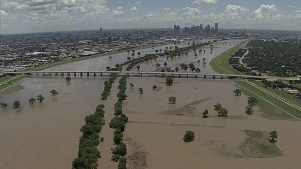 Chopper 5 Surveys the Trinity River