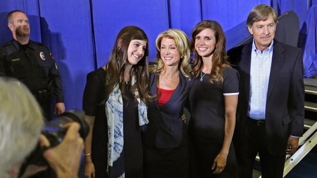 [DFW] Wendy Davis' Daughters Defend Her Biography