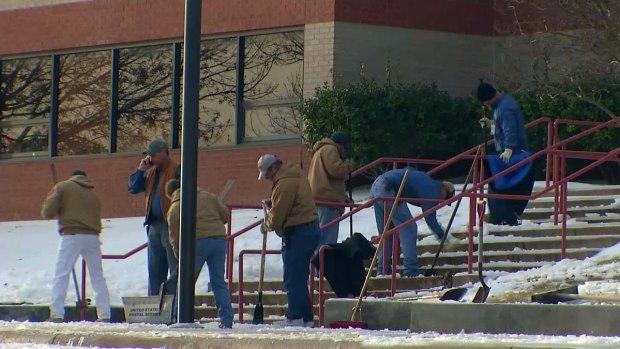 [DFW] Hazardous Ice Again Shutters Weatherford ISD