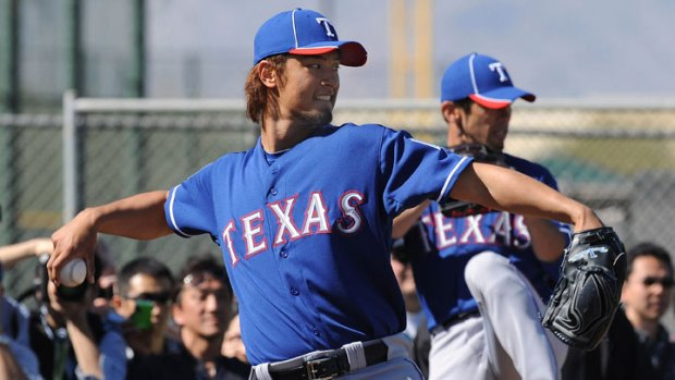 Yu Signs Deal With Topps